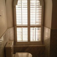 blinds in bathroom